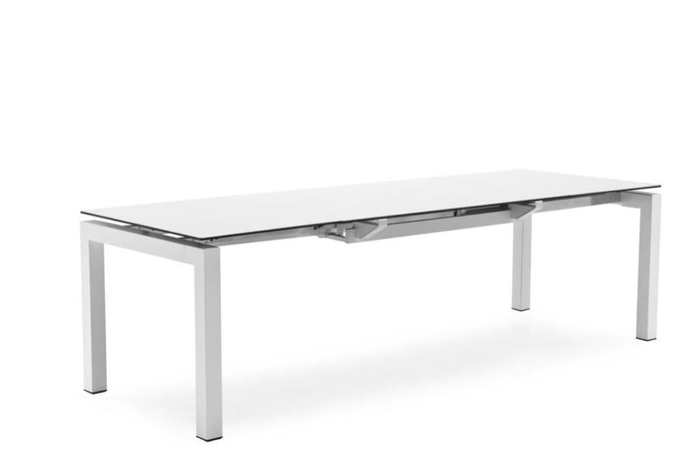 Airport Calligaris Dining Tables