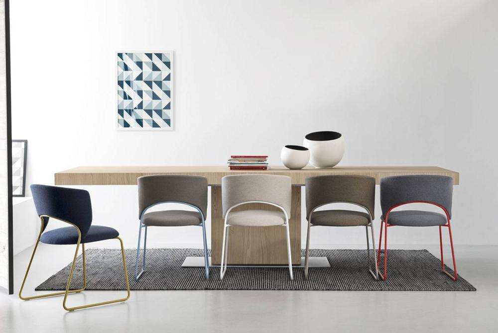 Calligaris duffy-chairs-park-table-natural-setting    duffy-chairs-park-table-natural-setting